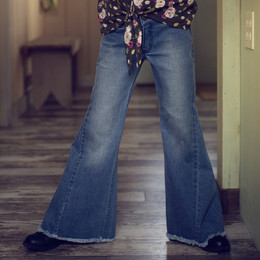 Jak & Peppar   Boogie Nights Lola Flares - Medium Wash