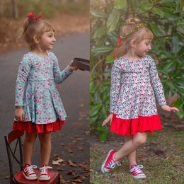 Evie's Closet    Holiday20 Christmas / Valentines Reversible Knit Dress