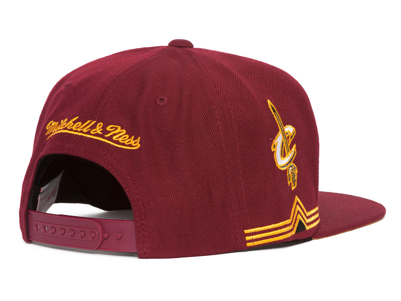 quality design f4464 271b2 Mitchell   Ness Cleveland Cavaliers Blank Front Short Hook Snapback - Gravity  Trading