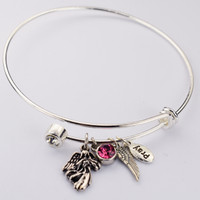(BN905) BANGLE W/TWIST OFF CRYSTAL &