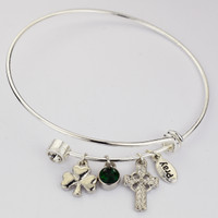 (BN907) BANGLE W/TWIST OFF CRYSTAL &