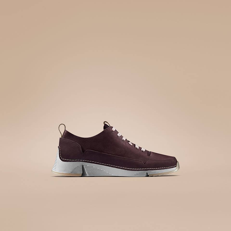 clarks trainers