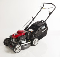 "All the benefits of Honda's superior engine technology at an affordable price, the HRU196 19"" Buffalo Pro lawnmower is ideal for medium to large lawns for the serious contractor. Improved mulching function with wide open discharge, gxv160 engine and engine brake."