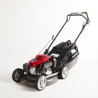 Honda HRU196M2 Buffalo Pro Lawn Mower. The ideal mower for the serious contractor. New wide chute alloy base with plastic catch comes with snorkle kit and gxv160 engine with blade brake. The Buffalo Pro is ideal for medium to large lawns.
