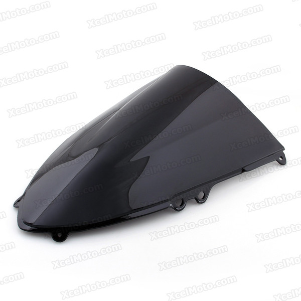Motorcycle racing windscreen for Ducati Panigale 899/1199, formed with a wedge-shaped bubble in the center of the windscreen, the racing windscreen is an efficient design that deflects wind off the rider, allowing higher speeds and improved rider comfort.