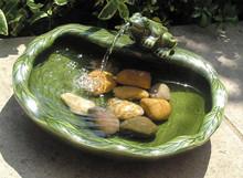 Solar Power Frog Fountain