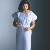 Graham Medical Disposable Patient Exam Gown Tissue/Poly