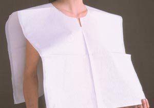 "TIDI Patient Exam Capes Poncho Style 22""x20"" 3-Ply Tissue/Poly/Tissue"