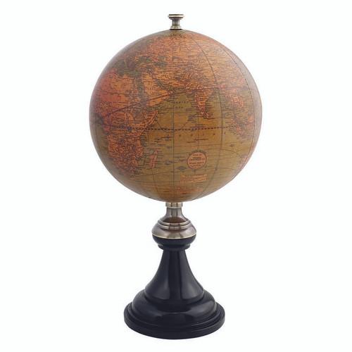 Versailles Globe