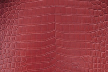 Alligator Skin Belly Glazed Ruby 50/54 cm Grade 3