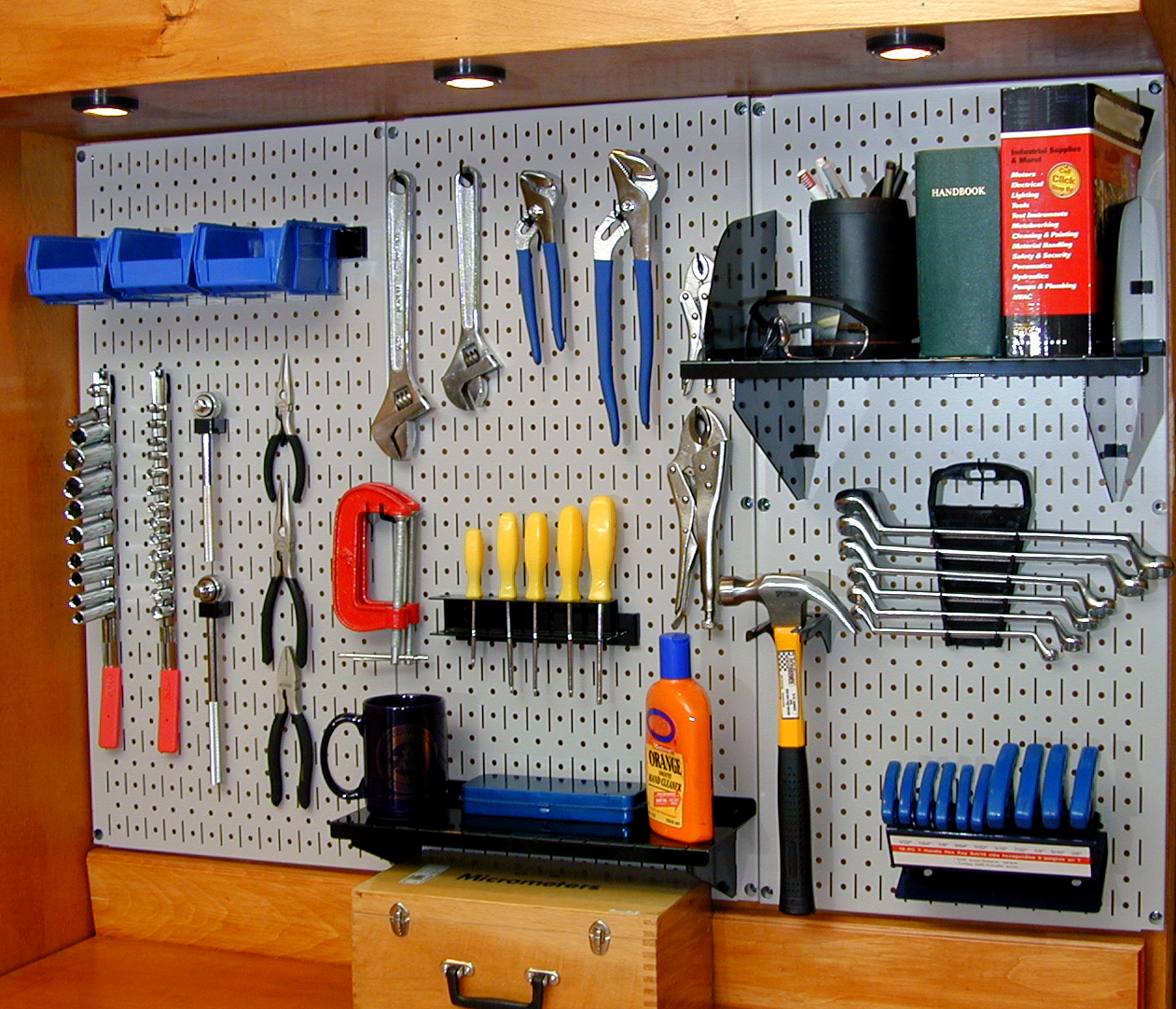 Cheap Pegboard Tool Wall Organizers