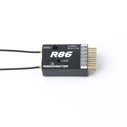 RadioMaster R86