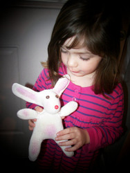 Free Spring or Easter Bunny Glove Tutorial!