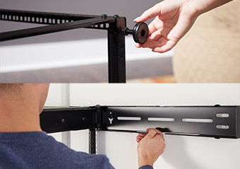 wall mountable rack is easy to setup