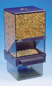 Penn Plax Bird Feeder with Catch Tray