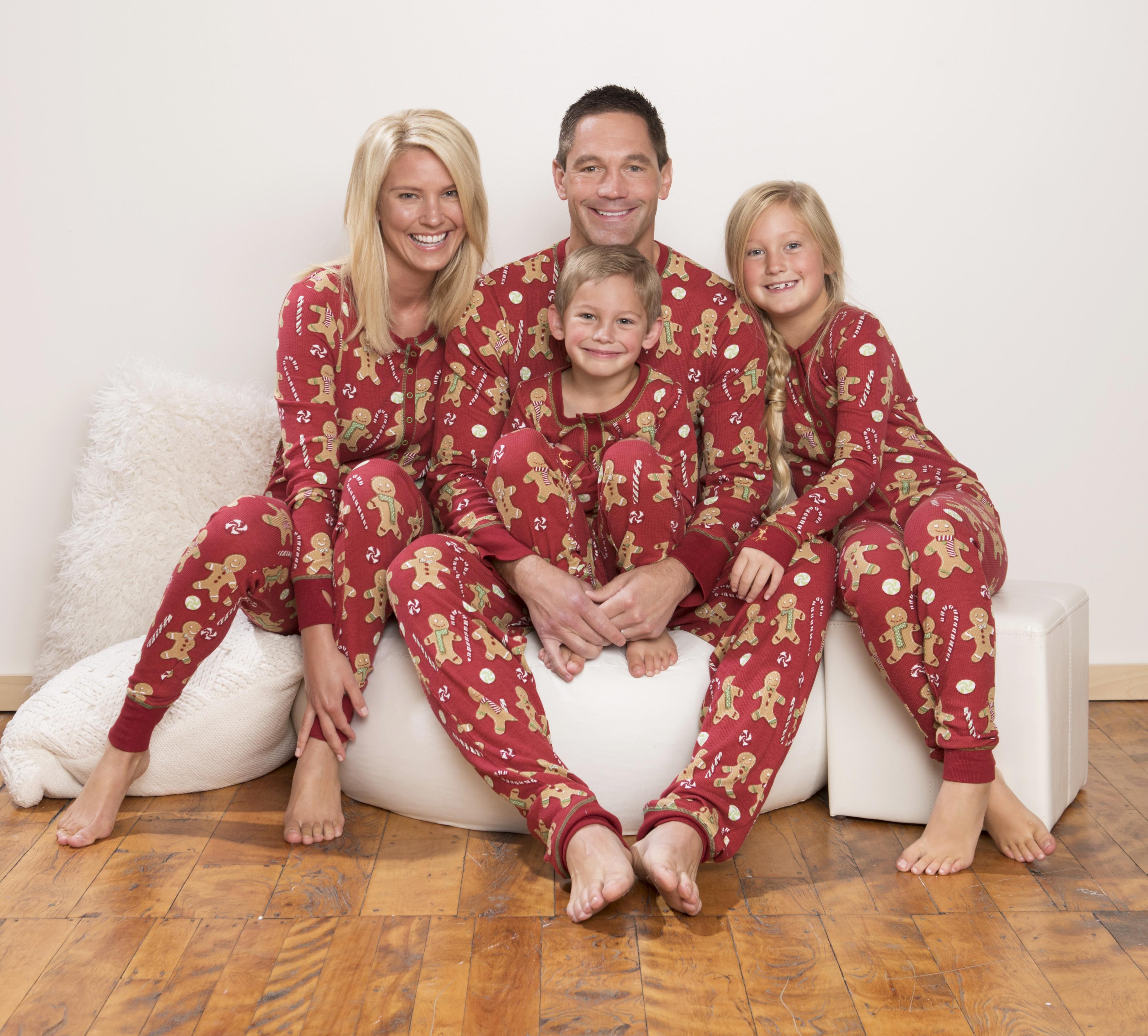 matching holiday pajamas from munki munki