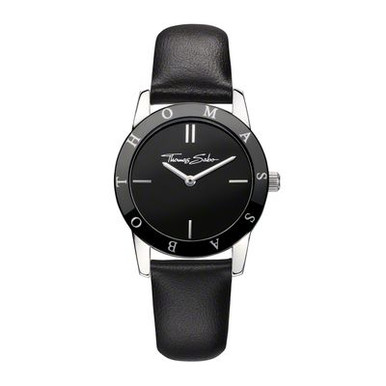 Classic in black - the elegant combination of exquisite leather strap, high-end ceramic bezel and black dial highlight the classically-sleek look of this stunning watch. It is perfect with virtually any style of clothing and especially with classic jewellery with black zirconia, such as the THOMAS SABO flower ring and delicate crosses. Those wishing to make a real statement will choose pieces from the panda bear series.