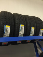 MICHELIN 215/60R16 95T DEFENDER (4 TIRES)