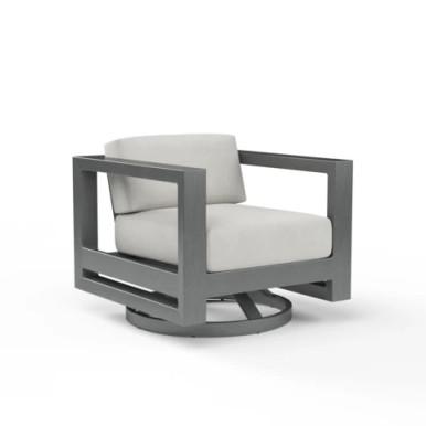 Sunset West Redondo Swivel Club Chair