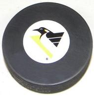 Pittsburgh Penguins NHL Team Logo Autograph Throwback Hockey Puck