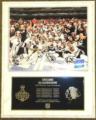 Chicago Blackhawks 2010 Stanley Cup Champions NHL Team On Ice 12 x 15 Plaque