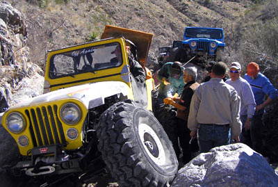 gallery-blue-yellow-jeep.jpg