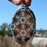 Metatron's Cube Grid Engraved Agate Pendant - Silver Plated