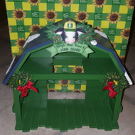 MM554421 CHRISTMAS BARN DISPLAY JOHN DEERE