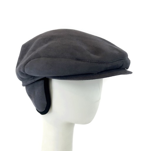Breathable, lightweight, durable, and warm, the Surell Accessories men's faux shearling cabbie hat is designed for any occasion.