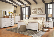 Willowton Whitewash 7 Pc. Dresser, Mirror, King Panel Bed & 2 Nightstands