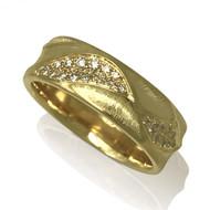 Eternal Dune Band | Gold and Diamond | Handmade Fine Jewelry