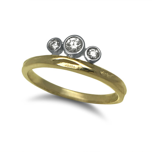 K.Mita's three stone Tiara Ring | Tapered width