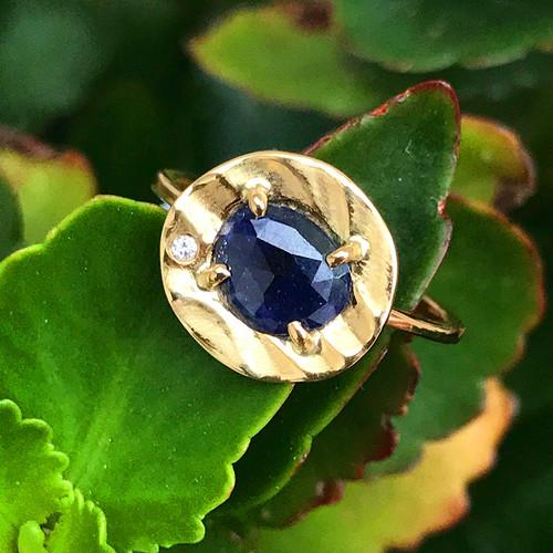 K.Mita's Petite Pebble Ring | Blue Sapphire