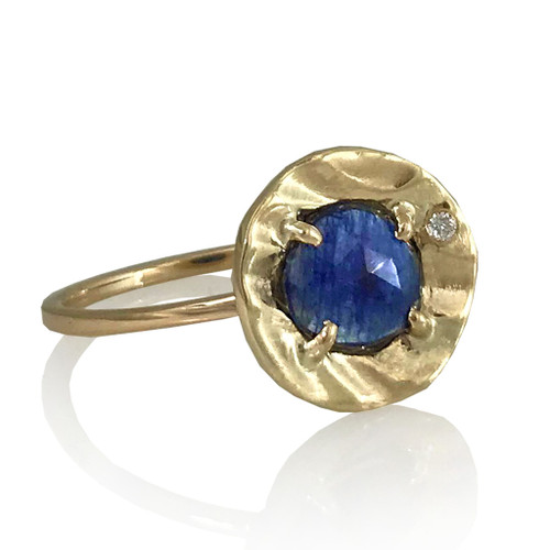 K.Mita's Petite Pebble Ring | Blue Sapphire, Gold | Handmade Designer Jewelry