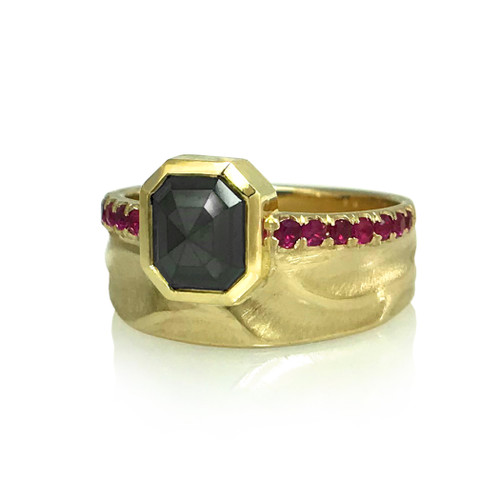 K.Mita's Contemporary Noire Scarletta Ring | Balck Diamond | Pink Sapphires