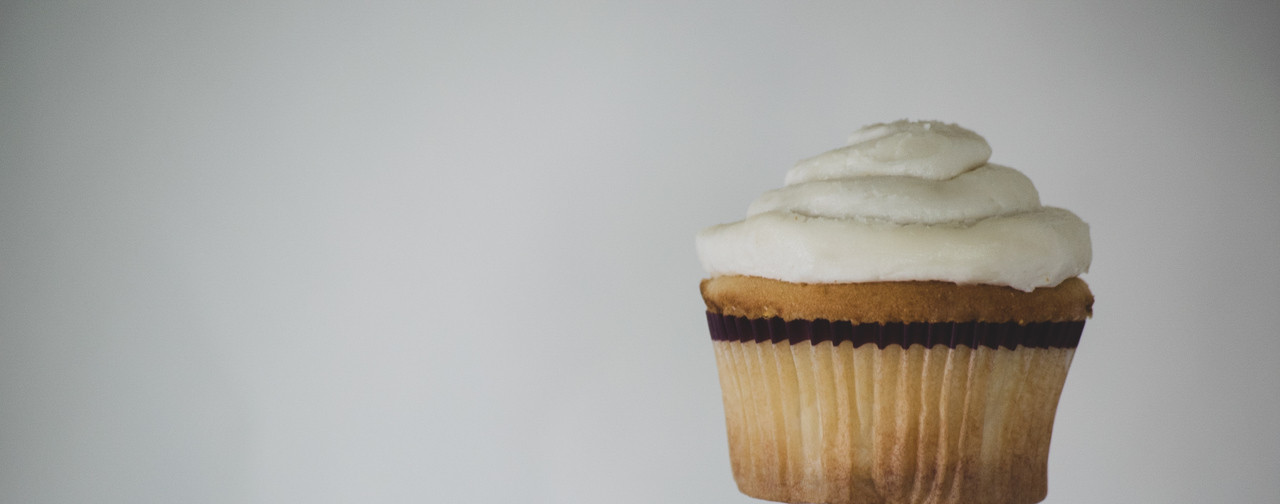 Christopher's Bakery | Vanilla Cupcake | We Make Dessert, So You Don't Have To