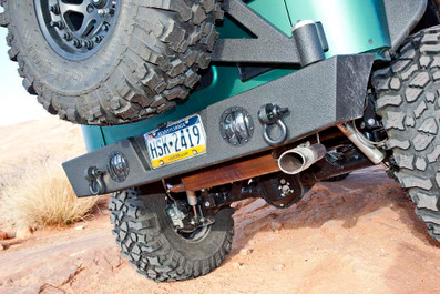 "Our easy-to-use pivoting tire carrier can accommodate a 40"" tire."