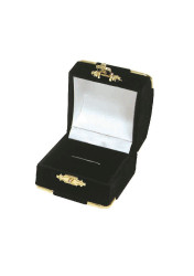 Black Ring Flocked Velour Clasped Box