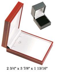 Black Large Pendant w/White Satin interior Black Classic Leatherette Box