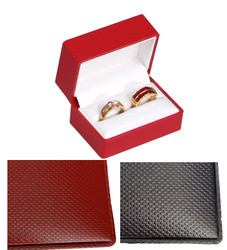 Exquisite Textured Red Double Ring Gift Box with Pre-tied Ribbon