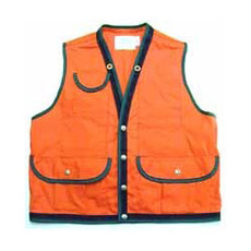Note: Our Cotton Duck Cruiser Vest - bottom 2 pockets do not snap close. New image coming soon.