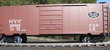 Weaver NYC (tuscan, black oval) 40' PS-1 box car, 3 rail or 2 rail