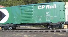 Weaver CP Rail (Green) 40' PS-1 box car, 3 rail or 2 rail
