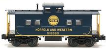 Weaver N&W center cupola caboose, 3 rail