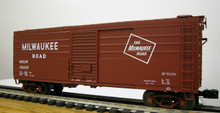 Weaver MILW ribbed side box car,  Classic, partial ribbing