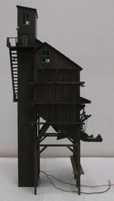 """Golden Gate Depot 22"""" high OGLE coaling tower, black"""