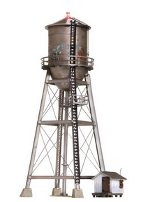 Woodland Scenics O gauge Rustic Water Tower..super detailed