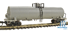 Atlas O Undecorated  17,360 gallon  tank car, 3 rail or 2 rail