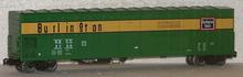Weaver Burlington (CB&Q) 57' Mechanical Reefer w sound, 3 rail Diecast trucks