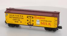 Atlas O Bordens Evaporated Milk 40' wood reefer, 3 rail or 2 rail